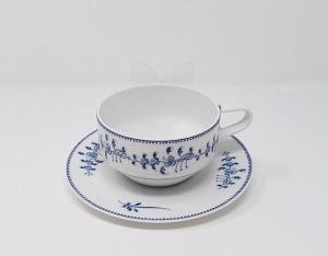 paire tasse à thé cravatte guirlande brindille 40 euros
