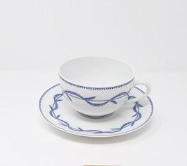 Paire tasse à thé boule décor ronce 40 euros
